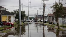 Tropical Storm Races Toward Louisiana, Curbing Oil Output