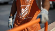 Home Depot misses 3Q sales expectations, slashes guidance