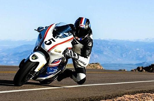 Lightning electric motorcycle bests gas-powered bikes at Pikes Peak