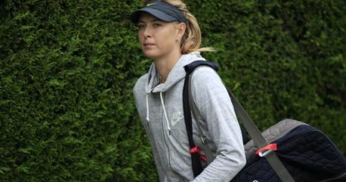 Tennis - WTA - Stuttgart - Maria Sharapova applaudie pour son retour sur les courts