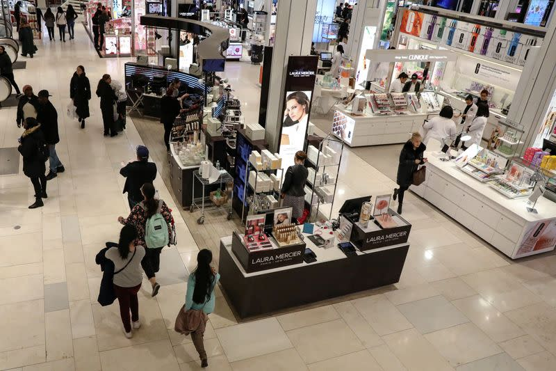 U.S. third-quarter growth unrevised; consumer spending strong