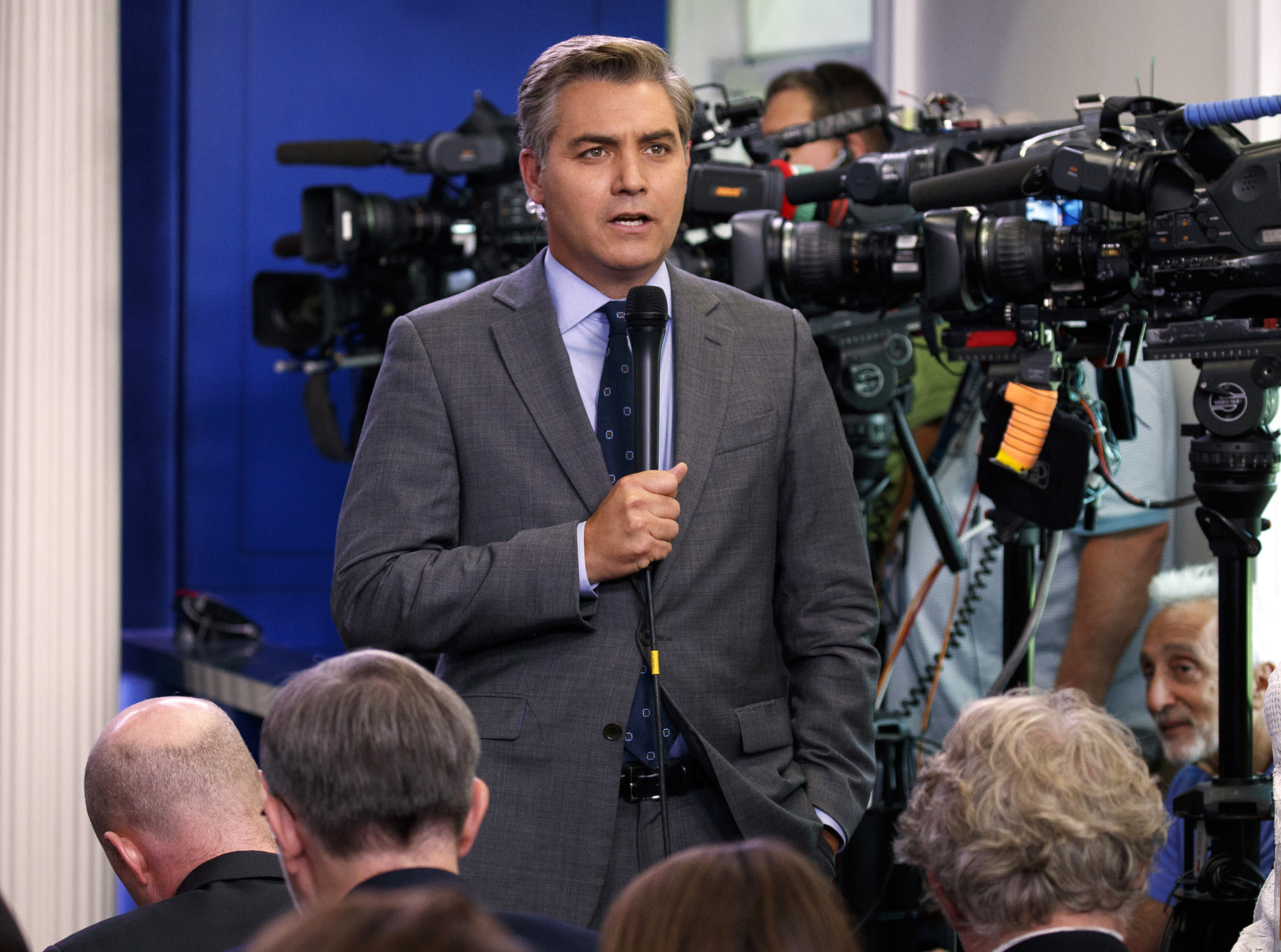 cnn journalist jim acosta - HD 3884×2888