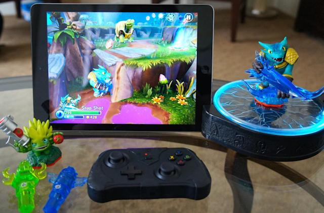 'Skylanders' takes on Disney Infinity with its new toy-to-tablet starter pack