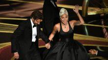 Lady Gaga se pronuncia sobre momento 'romântico' com Bradley Cooper