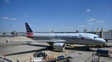 American Airlines lota seus aviões e recebe críticas