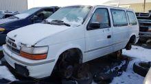 Junkyard Gem: 1992 Dodge Caravan With 5-Speed Manual Transmission