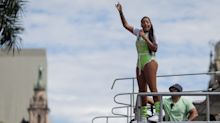 Com Ludmilla ao vivo na Globo, público puxa coro contra Bolsonaro