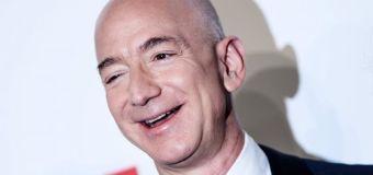 """Bezos dice que Amazon debe hacer """"un trabajo mejor"""" con sus empleados"""