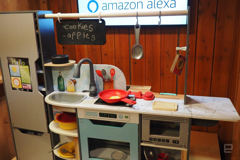 Alexa Ed Toy Kitchen Sizzles