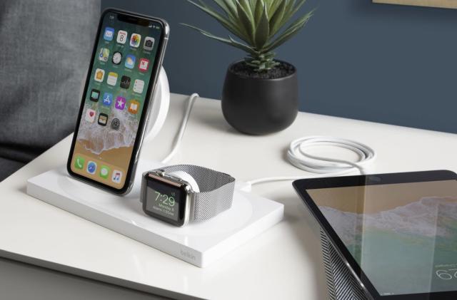 Belkin's wireless charging dock handles your iPhone XS and Apple Watch