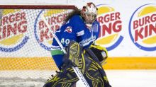 Shannon Szabados released due to 'cancerous' player relationship: Coach