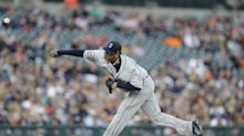 Felix Hernandez to see doctor after 'dead arm' outing in Detroit