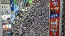 """Manifestation à Hong Kong: la """"dernière chance"""" d'écouter les revendications"""