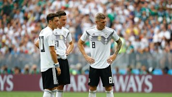 Why are the top World Cup teams struggling?