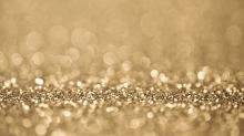 Woman nearly blinded after glitter from a CHRISTMAS CARD gets in her eye