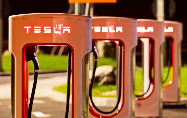 Is Ford's Charging Network a Headache for Tesla?
