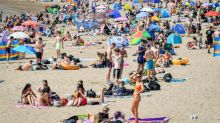 Around 25,000 people visit Barry Island in one day as temperatures soar
