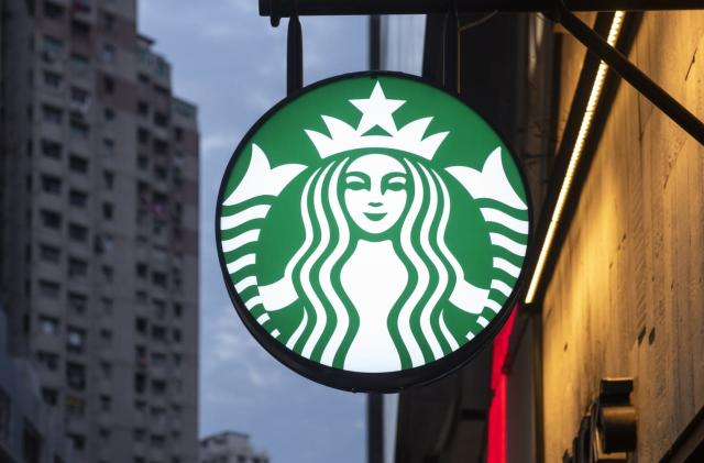 Starbucks embraces fake meat, starting in Canada