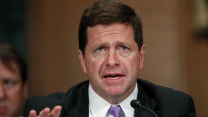 SEC's Clayton worries about negative rates