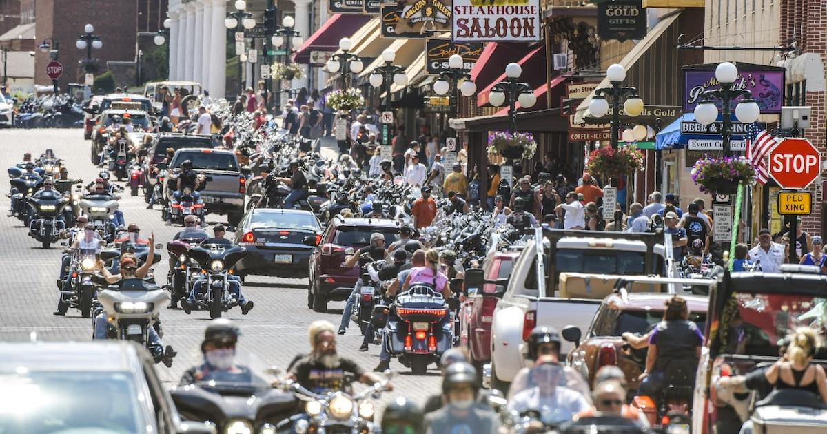 Motorcycle Rally In Sturgis Draws Thousands Of Largely Unmasked Attendees