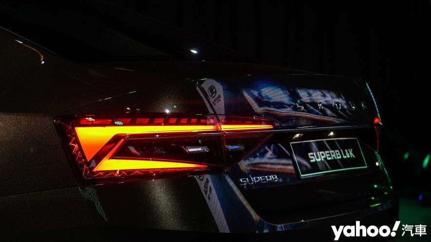 小改款也能脫胎換骨!超級房車2021 Škoda Superb Limo & Combi車型聯袂登場! - 5