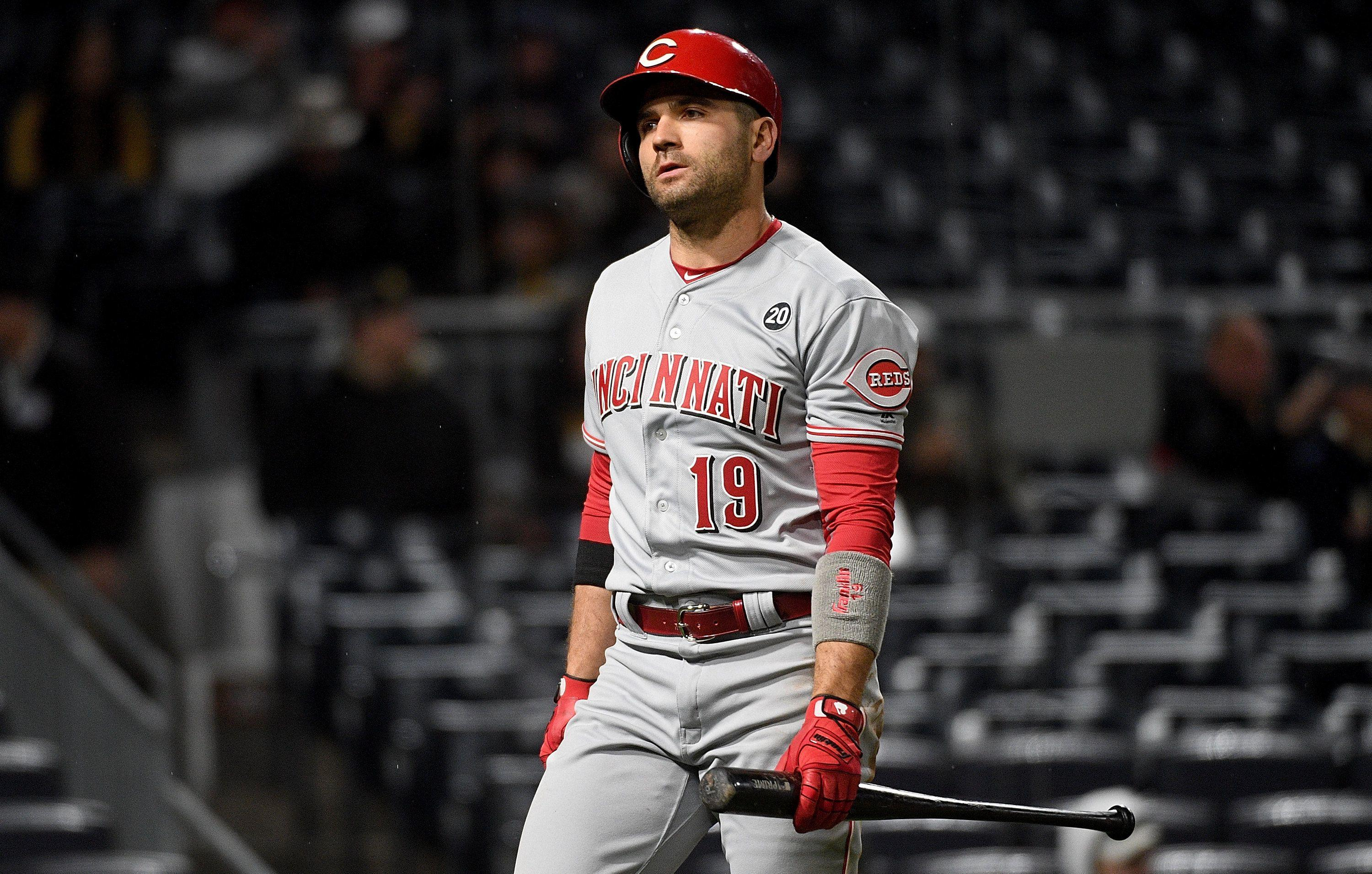 Reds' Joey Votto gets beaned, chooses fun over fighting vs ...