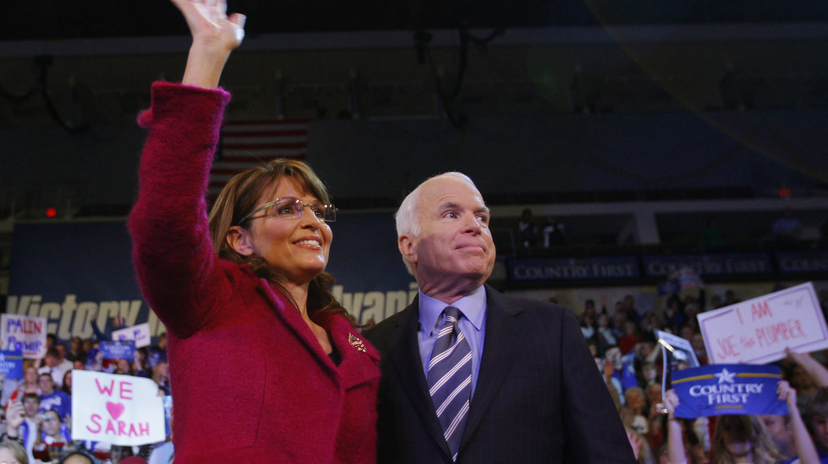 Sarah Palin Reportedly Not Invited To John McCain's Funeral