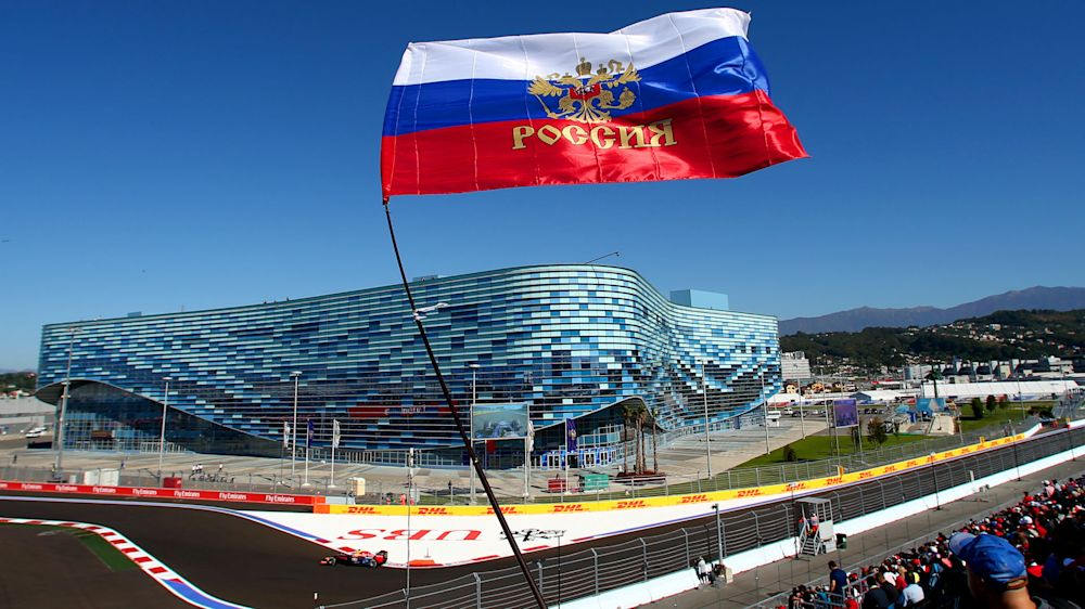 F1 Raceweek: Mercedes out to maintain Sochi supremacy - Russian GP in numbers