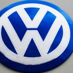 VW to spend 34 bn euros in drive to become e-car leader
