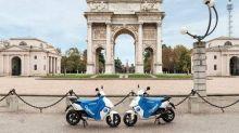 A Milano scooter elettrici di Cityscoot, a metà 2019 anche a Roma