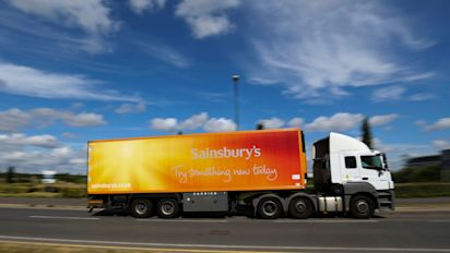 Cheaper car insurance for weekly shoppers, Sainsburys and Tesco announce