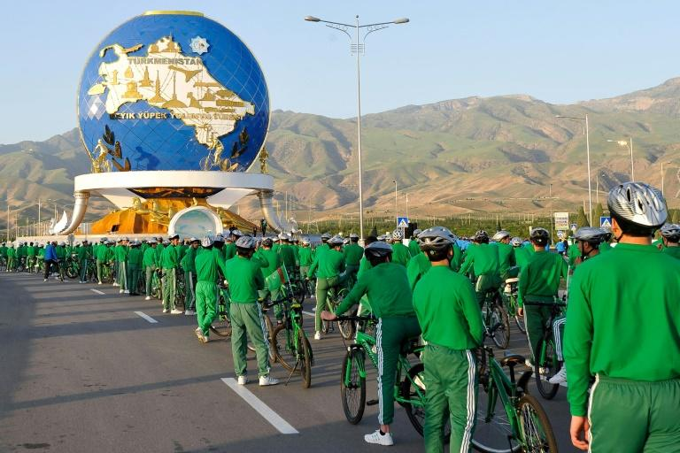 State television reported that 7,500 riders joined the parade and that regions outside the capital were holding smaller-scale events (AFP Photo/Igor SASIN)