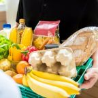 Coronavirus: How to clean your groceries and stay safe when food shopping