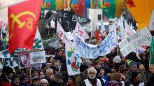Los sindicatos franceses advierten a Macron que las protestas pueden continuar durante meses