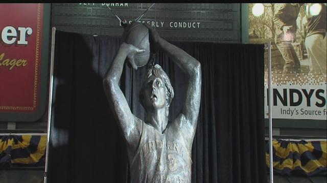 15-foot-tall Larry Bird sculpture takes its place in the spotlight