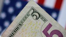 Forex, indice dollaro in lieve calo, euro si allontana da max una settimana
