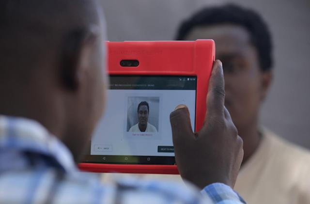 Kenya halts biometric ID scheme over discrimination fears