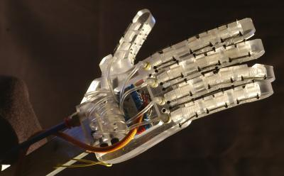 Second-generation air-powered robot hand gets more sensitive