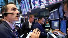 Wall Street cai após dados mais fracos do que o esperado do setor de serviços