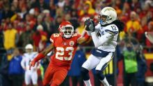 Report: Chiefs CB Fuller out with broken wrist
