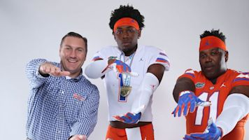 Here's a funny father-son recruiting visit
