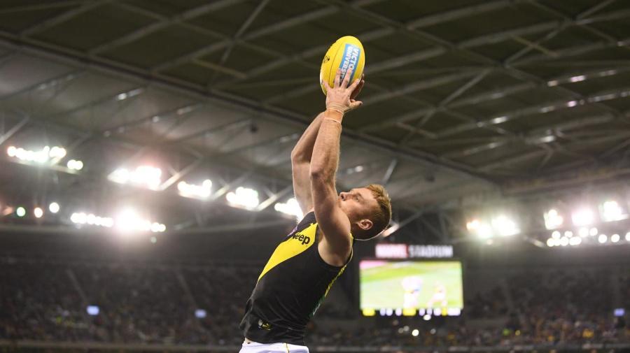 AFL keeps stadium roof shut for day games
