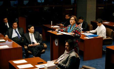 Philippine Senator Leila de Lima delivers a privilege speech at the Senate in Pasay city, Metro Manila, Philippines September 20, 2016. REUTERS/Erik De Castro