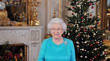 Buckingham Palace Is Decorated for Christmas