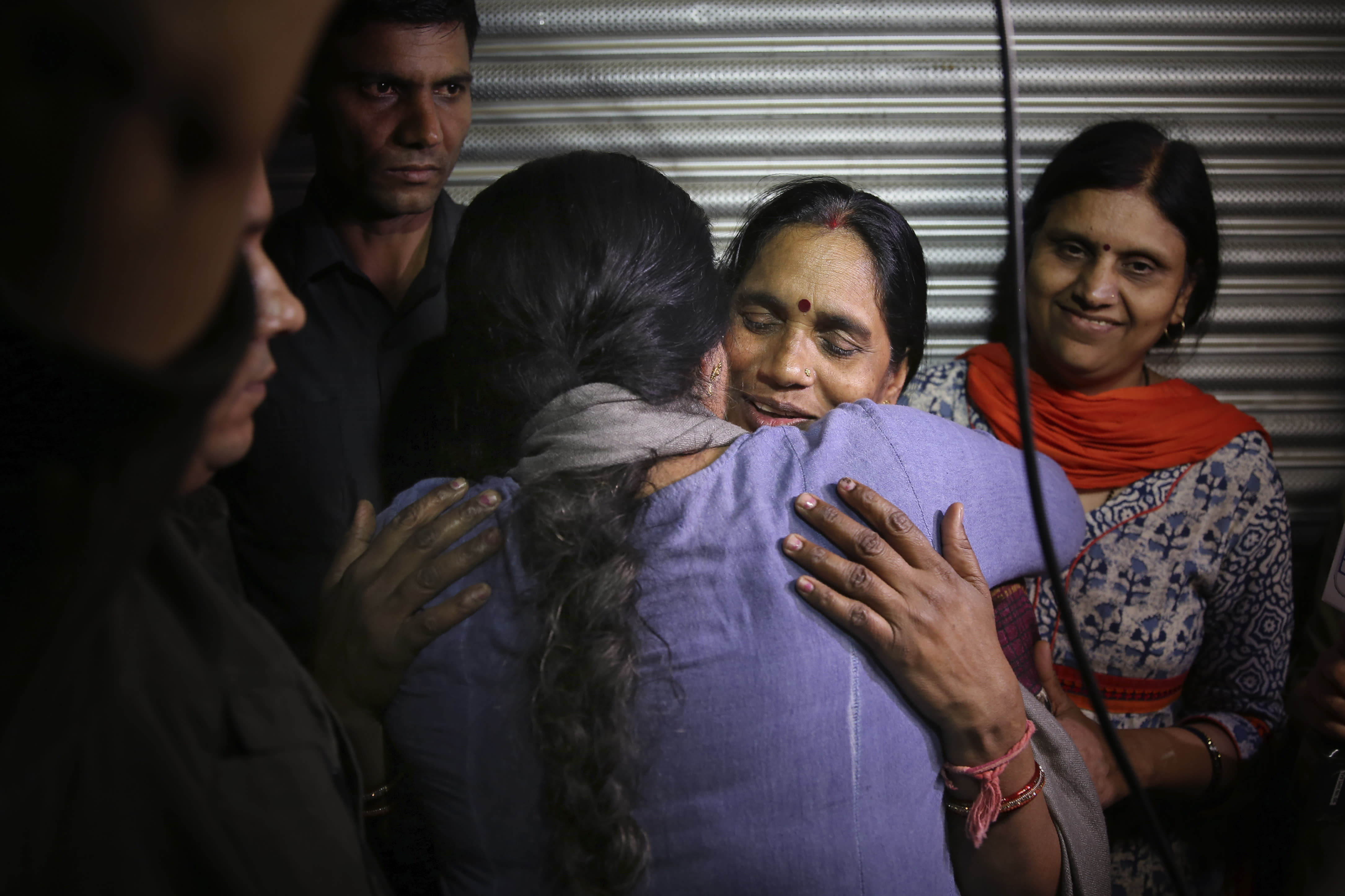 India executes four men for brutal 2012 Delhi bus rape and murder