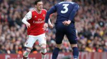 Foot - ANG - Mesut Özil ne quittera pas Arsenal cette saison