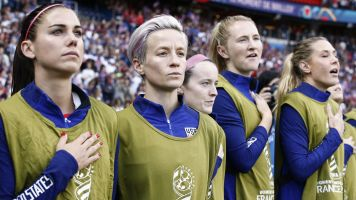 Rapinoe: 'I'm not going to the f---ing White House'