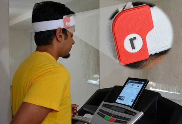 Run-n-Read keeps e-book text steady while you're on the treadmill (video)