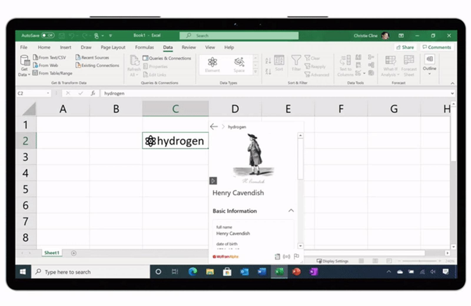 Microsoft Excel spreadsheets now take custom live data | Engadget