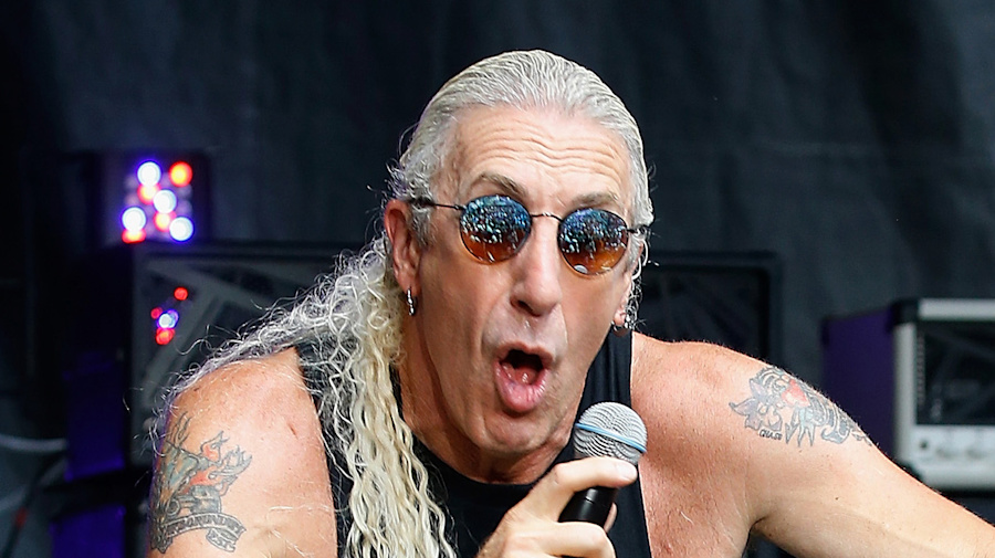 Only 'pro-choice' politicians can use song, rocker says